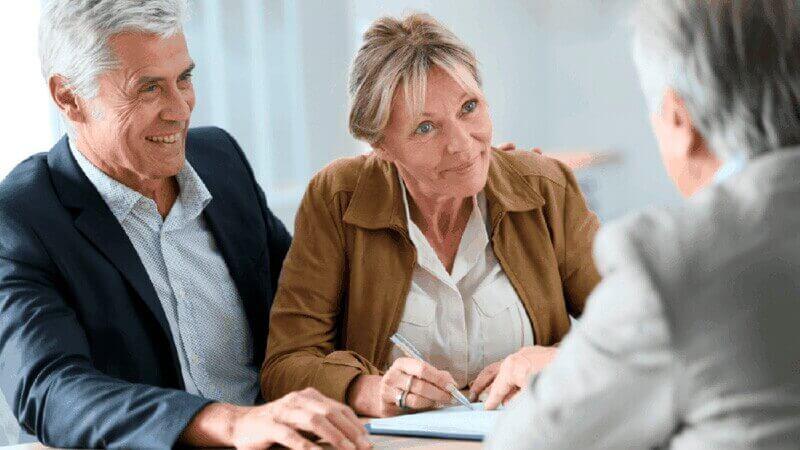 Как взять кредит в Сбере пенсионеру: порядок действий