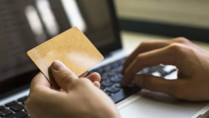 Справочная служба для держателей карт Сбербанка